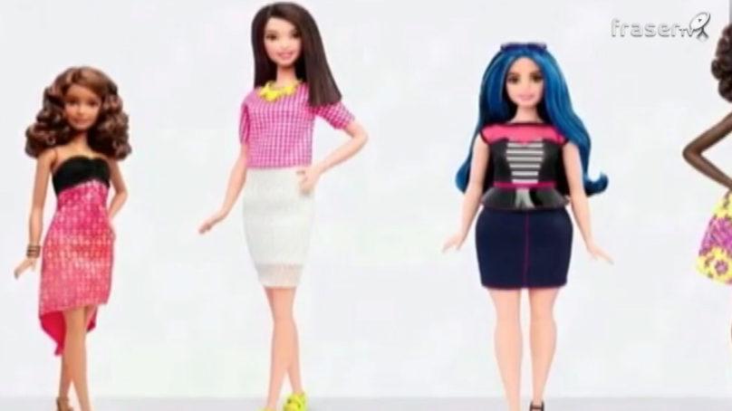 """Barbie più vicina al mondo reale nelle versioni """"minuta"""", """"alta"""" o """"formosa"""""""
