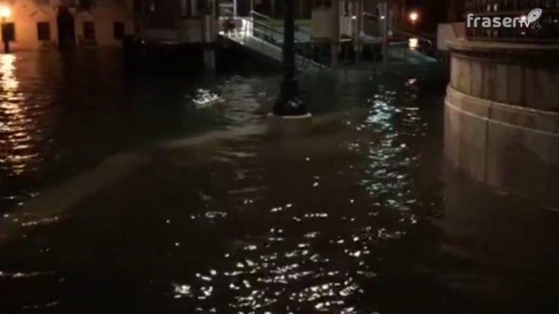 Acqua alta a Venezia, centro storico allagato