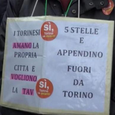 In 30mila a Torino alla manifestazione  Sì TAV