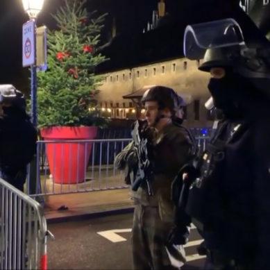 Strasburgo, sparatoria al mercatino di Natale: 4 morti e 12 feriti. Caccia al killer